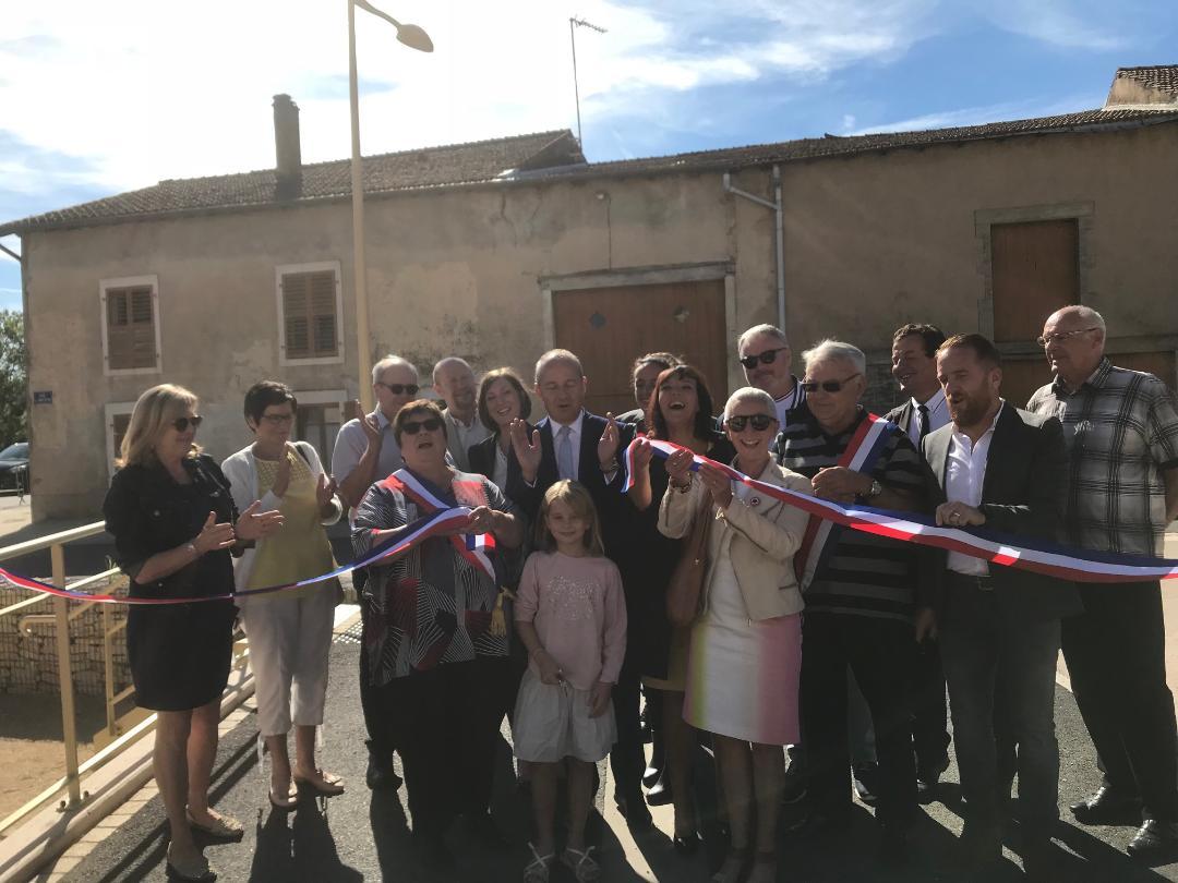 Bouxières-aux-Chênes inaugure la place du Père Gérard - Jean